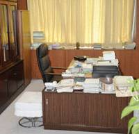 Away on business: The Chiba mayor's desk is unmanned Wednesday after the incumbent, Keiichi Tsuruoka, was taken in for police questioning over an alleged ¥1 million bribe and later arrested. | KYODO PHOTO