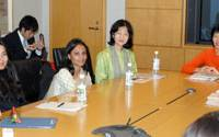 From right: Goldman Sachs managing director Kathy Matsui, Asian University for Women Vice Chancellor Hoon Eng Khoo, AUW student Azmina Karim and film director Sharmeen Obaid-Chinoy talk about the future of AUW at the Roppongi Hills office of Goldman Sachs in Minato Ward, Tokyo, on Thursday.   YOSHIAKI MIURA PHOTO