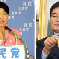 Balance of power: Mizuho Fukushima, leader of the Social Democratic Party, is interviewed at the party's head office July 22. Right: Newly elected Kokumin Shinto leader Shizuka Kamei, picture here during an interview in 2008. | SATOKO KAWASAKI PHOTOS