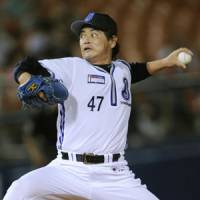 He's been around the block: Kimiyasu Kudo has won 224 games, 11 Japan Series titles and a pair of Pacific League MVP Awards during his 28-year career. | KYODO PHOTO