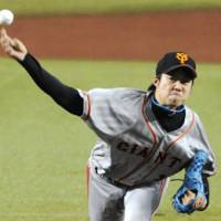 Impressive numbers: Giants hurler Shun Tono improves to 8-1 after tossing six innings of no-hit ball on Saturday against the Lions. Yomiuri won 4-0. | KYODO PHOTO