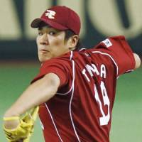Strong-arm tactics: Masahiro Tanaka has played his part in Tohoku Rakuten's interleague success. | KYODO PHOTO