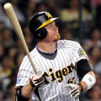 Tigers slugger Craig Brazell smacked three home runs on Tuesday against the Chunichi Dragons. | KYODO PHOTO