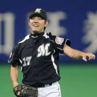 Ace in the hole: Chiba Lotte's Yoshihisa Naruse has been a dominant pitcher this postseason. | KYODO PHOTO
