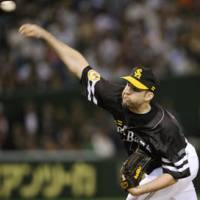 Home sweet home: Brian Falkenborg has enjoyed his time in Fukuoka with the Hawks. | KYODO