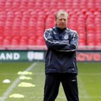 Steve McClaren, coach of England, looks on during a training session at the new Wembley Stadium on Wednesday. England plays Israel in a Euro 2008 qualifier on Saturday in Tel Aviv.   AP PHOTO