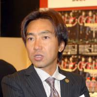 Toshiya Miura, manager of Consadole Sapporo, wants to have staying power in J1. | YOSHIAKI MIURA PHOTO