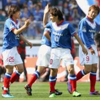 Late run: Koji Yamase (center) has been called up to the national team for the first time since August 2008.   KYODO PHOTO