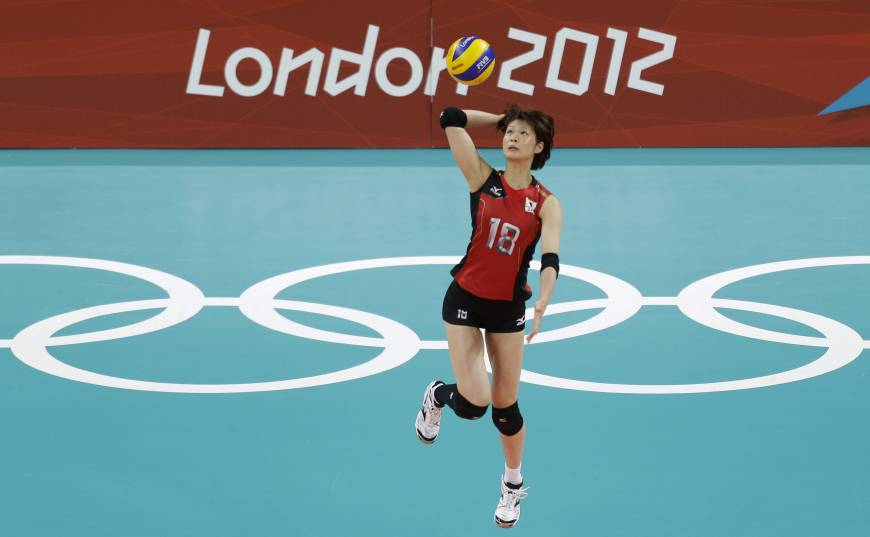 Gamova puts on show as Russia downs Japan in four sets