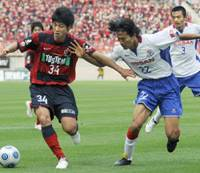 Next big thing: Kashima Antlers striker Yuya Osako is just one of a number of talented young players whose arrival has prompted a media feeding frenzy this season. | KYODO PHOTO
