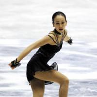 Early test: Mao Asada will face archrival and world champion Kim Yu Na in the first Grand Prix event of the season at the Trophee Bompard in Paris. | YOSHIAKI MIURA PHOTO