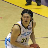 Focus on winning: Shiga Lakestars shooting guard Masashi Joho has played a pivotal role in the team's success this season. The Lakestars were 21-19 before the start of their weekend series against the Rizing Fukuoka. | PHILBERT ONO PHOTO