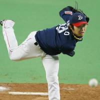 Award-winning form?: Orix's Chihiro Kaneko is 17-7 and could cap a career year with his first Sawamura Award. | KYODO PHOTO