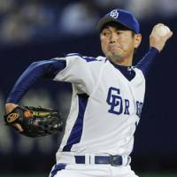 Winding down: Dragons closer Hitoki Iwase will likely become the all-time saves leader during the 2011 season. | KYODO PHOTO
