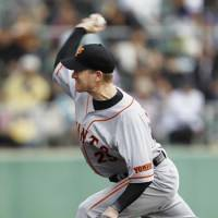 Back in the fold: Giants pitcher Seth Greisinger is looking to have a resurgent season for the Giants this year. | KYODO PHOTO