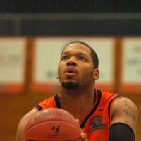 Solid leader: Miyazaki Shining Suns big man Brandon Cole has been a strong performer on both ends of the court for the expansion team.   MIYAZAKI SHINING SUNS / BJ-LEAGUE