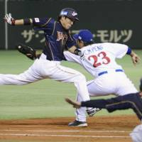 Key performer: Hirokazu Ibata's speed and clutch batting have helped lead Japan to the World Baseball Classic final round. | KYODO