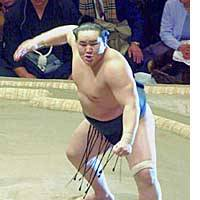 Asashoryu  will make his debut as yokozuna and be the heavy favorite to win the Emperor's Cup at the Spring Grand Tournament in Osaka, beginning Sunday.