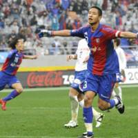 In with a chance: FC Tokyo's Sota Hirayama is vying for a place on Japan's team for the 2010 World Cup in South Africa this summer. | KYODO PHOTO