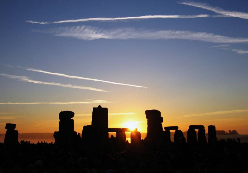 As rival theories tumble, mystery of Stonehenge keeps scientists guessing