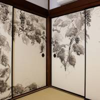 Birds and the trees: Jusho-in fusuma-e (sliding panel paintings, 2012) by Yuki Murabayashi | AKIHITO YOSHIDA