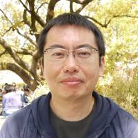 Takahiro Fujioka, Ph.D. student, 35 (Japanese): The cream zenzai [cold sweets with whipped cream and sweet bean paste] I bought at a stall. Sweets are my stress release. I often have ice cream at home both before and after dinner.