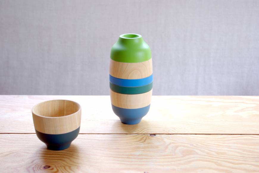 Wooden simplicity and pop-color spring fun