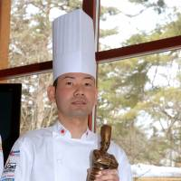 Chef leaves Japanese imprint in bronze at top French cookoff