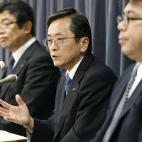 Relieved: All Nippon Airways President Osamu Shinobe speaks Friday after the transport ministry said Boeing's 787 Dreamliners could resume service the same day.   KYODO