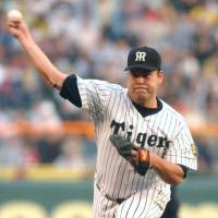 Form rediscovered: After his career in the major leagues ended, Hideki Irabu returned to Japan and enjoyed some success with the Hanshin Tigers before retiring. | KYODO PHOTOS