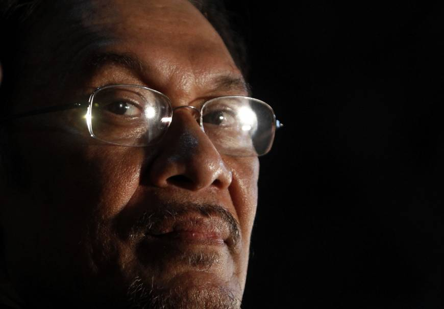 Malaysia's Anwar urges nationwide poll protests