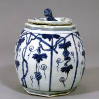 'Kosometsuke and Shonzui: The Blue and White Tea Ceramics of Japanese Admiration'