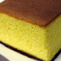 A castella sponge cake bought at one of the hundreds of branches of Fukusaya, founded in Nagasaki in 1624.   NORIO.NAKAYAMA