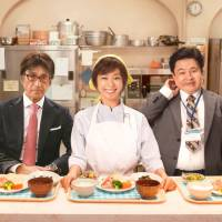 The first bite is with the eye: New movie 'Taishibokei Tanita no Shain Shokudo (Recipes of Diet Diaries),' based on the true story of how a Tokyo company overhauled its cafeteria for the health benefit of its staff, is sure to appeal to fans of low-cost, low-calorie eating. | © 2013 'TAISHIBOKEI TANITA NO SHAIN SHOKUDO' SEISAKU IINKAI