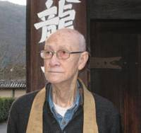 Buddhist priest Henry Mittwer in front of the Tenryuji Temple in Kyoto's Arashiyama district. | JANE SINGER PHOTO