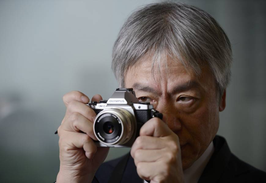 Olympus fears compact camera sales will keep falling