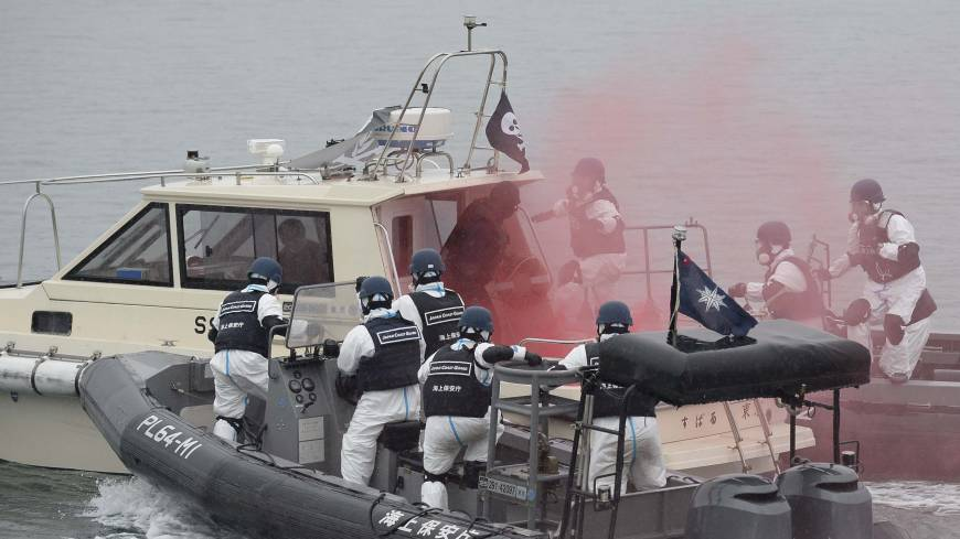 Thinking the unthinkable: Police and the Japan Coast Guard stage a joint drill Saturday against a terrorist attack at the Fukushima No. 2 nuclear plant, practicing countermeasures on both land and sea.