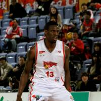 Playoff debut: Hamamatsu Higashimikawa Phoenix swingman Kevin Galloway, seen in this file photo from March, had team-high totals in points (19), rebounds (12), assists (six), turnovers (five) and steals (three) in an 80-67 Game 1 loss to the host Shimane Susanoo Magic on Friday in their first-round playoff series. | HIROAKI HAYASHI