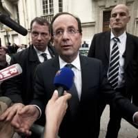 The French left turns on Francois Hollande