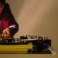 Make a noise: Yuri Suzuki sets up his 'Prepared Turntable.' | © YURI SUZUKI