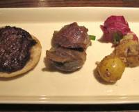 A serving of assorted starters are among the signature dishes at this cozy little restaurant in Upper Shibuya.