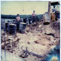 Evidence ignored in Pentagon probe: A picture supplied by Kris Roberts, the former maintenance chief at Futenma air station, shows the worksite where he says he unearthed some 100 barrels of Agent Orange in 1981. Roberts is now a state representative in New Hampshire. | JON MITCHELL