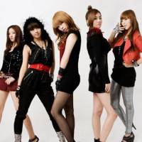 It only takes a minute, girl: The ladies from K-pop band 4Minute (Nam Ji Hyun, Jeong Ji Yoon, Kim Hyun Ah, Heo Ga Yoon and Kwon So Hyun) are determined to move beyond South Korean borders and become global stars.
