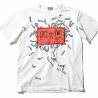 A T-shirt from the C.E x Beams capsule collection, which was launched on June 8 at Beams Harajuku.