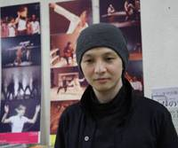 Pioneer spirit: Five years ago, Kaku Nagashima started full-time work as Japan's first dramaturge. It's a job with a low profile at present, but as he explains here, it is also one with enormous creative potential. Nagashima has, after all, researched Japanese rappers for hints on how to stage Shakespeare here. | NOBUKO TANAKA PHOTO