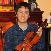 Il Violino Magico customer Naoyuki Tanaka yearns to play.