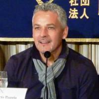 Baggio impressed by Japan's progress
