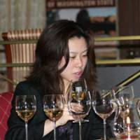 Reclaimed from the '80s: Chateau Ste. Michelle held a tasting of Riesling wines last Friday at the Westin Tokyo hotel in Ebisu. | FELICITY HUGHES PHOTO