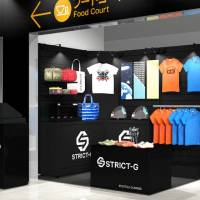 STRICT-G has opened a popup store at EXPASA Ebina in Kanagawa.