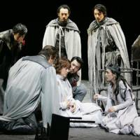 One of Tokyo's top 2009 theater productions: A Scene from ''Henry VI, Trilogy.' | MASAHIKO YAKOU